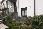 Villa in vendita a Caronno Pertusella, 5 locali, prezzo € 430.000 | Cambio Casa.it