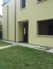 Villa Bifamiliare in vendita a Cadoneghe, 5 locali, zona Zona: Bragni, prezzo € 230.000 | Cambio Casa.it