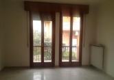 Appartamento in vendita a Desenzano del Garda, 3 locali, zona Zona: Rivoltella del Garda, prezzo € 179.000 | Cambio Casa.it