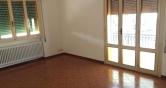 Appartamento in affitto a Loreggia, 4 locali, zona Località: Loreggia - Centro, prezzo € 500 | Cambio Casa.it