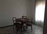 Appartamento in affitto a Padova, 3 locali, zona Località: Madonna Pellegrina, prezzo € 450 | Cambio Casa.it