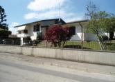 Villa in vendita a Selvazzano Dentro, 6 locali, zona Zona: Caselle, prezzo € 490.000 | CambioCasa.it
