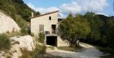 Rustico / Casale in vendita a Acqualagna, 6 locali, prezzo € 115.000 | CambioCasa.it