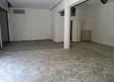 Negozio / Locale in affitto a Padova, 9999 locali, zona Località: Centro Storico, prezzo € 2.300 | Cambio Casa.it