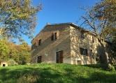 Rustico / Casale in vendita a Cagli, 10 locali, zona Località: Cagli, prezzo € 335.000 | CambioCasa.it