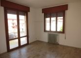 Appartamento in affitto a Este, 3 locali, zona Località: Este, prezzo € 400 | Cambio Casa.it