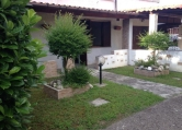 Villa Bifamiliare in vendita a Giacciano con Baruchella, 9999 locali, prezzo € 79.000 | CambioCasa.it
