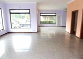 Negozio / Locale in affitto a Creazzo, 9999 locali, zona Località: Creazzo, prezzo € 800 | Cambio Casa.it