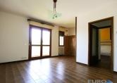 Appartamento in vendita a Zero Branco, 5 locali, zona Località: Zero Branco, prezzo € 95.000   CambioCasa.it