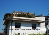 Attico / Mansarda in vendita a Castelnuovo del Garda, 3 locali, zona Località: Castelnuovo del Garda - Centro, prezzo € 199.000 | Cambio Casa.it