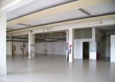 Capannone in vendita a Brescia, 1 locali, zona Località: Via Cremona / Via Volta, prezzo € 380.000 | Cambio Casa.it