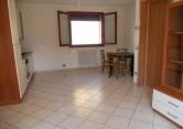 Appartamento in vendita a Ospedaletto Euganeo, 4 locali, zona Località: Ospedaletto Euganeo - Centro, prezzo € 95.000 | Cambio Casa.it