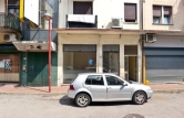 Negozio / Locale in affitto a Montecchio Maggiore, 9999 locali, zona Zona: Alte Ceccato, prezzo € 450 | CambioCasa.it