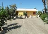 Villa in vendita a Racale, 5 locali, zona Zona: Torre Suda, prezzo € 165.000 | Cambio Casa.it