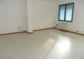 Ufficio / Studio in affitto a Albignasego, 2 locali, prezzo € 675 | CambioCasa.it
