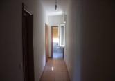 Appartamento in vendita a Due Carrare, 5 locali, prezzo € 62.000 | Cambio Casa.it