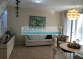 Villa in vendita a Jesolo, 4 locali, zona Località: Piazza Nember, prezzo € 295.000 | Cambio Casa.it