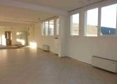 Ufficio / Studio in affitto a Padova, 9999 locali, zona Località: Padova - Est, prezzo € 2.400 | CambioCasa.it