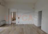 Negozio / Locale in affitto a Mestrino, 2 locali, zona Zona: Lissaro, prezzo € 550 | Cambio Casa.it