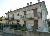 Appartamento in affitto a Illasi, 4 locali, zona Località: Illasi, prezzo € 500 | Cambio Casa.it