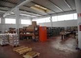 Capannone in affitto a Due Carrare, 9999 locali, zona Zona: Pontemanco, prezzo € 2.500 | Cambio Casa.it
