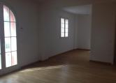 Appartamento in vendita a Pesaro, 4 locali, zona Zona: Loreto, prezzo € 300.000 | Cambio Casa.it