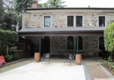 Villa in vendita a Valdagno, 5 locali, zona Località: Valdagno, Trattative riservate | Cambio Casa.it