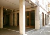 Negozio / Locale in affitto a Pescara, 9999 locali, zona Zona: Centro, prezzo € 2.500 | Cambio Casa.it