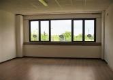 Ufficio / Studio in affitto a Traversetolo, 4 locali, zona Località: Traversetolo, prezzo € 500 | Cambio Casa.it