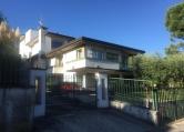 Villa in vendita a Desenzano del Garda, 4 locali, zona Località: Desenzano del Garda, prezzo € 1.100.000 | Cambio Casa.it