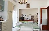 Villa in vendita a Pesaro, 8 locali, zona Località: Miralfiore, prezzo € 460.000 | Cambio Casa.it