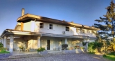 Villa a Schiera in vendita a Campagna, 5 locali, prezzo € 325.000 | Cambio Casa.it