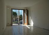Appartamento in vendita a Legnaro, 2 locali, zona Località: Legnaro - Centro, prezzo € 90.000 | CambioCasa.it