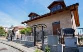Villa in vendita a Brandizzo, 5 locali, zona Località: Brandizzo - Centro, prezzo € 249.000 | Cambio Casa.it