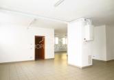 Negozio / Locale in vendita a Trento, 9999 locali, zona Località: San Pio X, prezzo € 210.000 | Cambio Casa.it