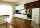 Appartamento in vendita a Villa del Conte, 3 locali, zona Località: Villa del Conte - Centro, prezzo € 115.000 | CambioCasa.it