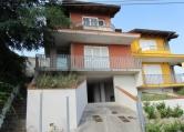 Villa Bifamiliare in vendita a Saludecio, 3 locali, zona Località: Saludecio - Centro, prezzo € 230.000 | Cambio Casa.it
