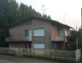 Villa in vendita a Lendinara, 5 locali, zona Località: Lendinara - Centro, prezzo € 105.000 | CambioCasa.it