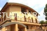 Villa in vendita a Trezzano sul Naviglio, 6 locali, prezzo € 365.000 | CambioCasa.it