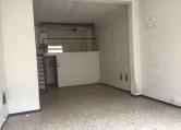 Negozio / Locale in affitto a Arezzo, 2 locali, zona Zona: Via Vittorio Veneto, prezzo € 650 | Cambio Casa.it