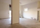 Negozio / Locale in affitto a Pescara, 9999 locali, zona Zona: Porta Nuova, prezzo € 700 | Cambio Casa.it
