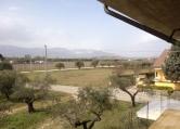 Villa in vendita a Nocciano, 9999 locali, zona Zona: Casali, prezzo € 100.000 | Cambio Casa.it