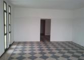 Negozio / Locale in affitto a Saccolongo, 2 locali, zona Zona: Creola, prezzo € 450 | Cambio Casa.it