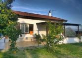 Villa in vendita a Eboli, 3 locali, zona Località: Eboli, prezzo € 165.000 | Cambio Casa.it