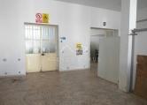 Laboratorio in affitto a Racale, 2 locali, prezzo € 500 | CambioCasa.it
