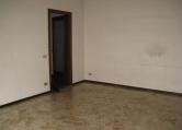 Appartamento in affitto a Saronno, 2 locali, prezzo € 600 | Cambio Casa.it