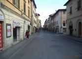 Negozio / Locale in affitto a San Giovanni Valdarno, 9999 locali, zona Zona: Centro, prezzo € 1.200 | CambioCasa.it