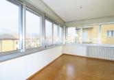 Appartamento in affitto a Trento, 4 locali, zona Zona: Centro storico, prezzo € 1.000 | CambioCasa.it