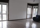 Appartamento in affitto a Saronno, 3 locali, zona Zona: Posta nuova, prezzo € 700 | Cambio Casa.it