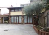 Villa in vendita a Soave, 10 locali, zona Località: Soave - Centro, Trattative riservate | CambioCasa.it